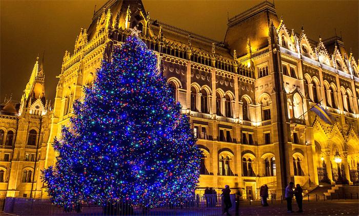 Βουδαπέστη: Αεροπορικά εισιτήρια (συμπεριλαμβάνονται φόροι) και διαμονή για 4 ημέρες / 3 νύχτες σε κεντρικό ξενοδοχείο 4* με πρωινό σε μπουφέ. (155€/άτομο)