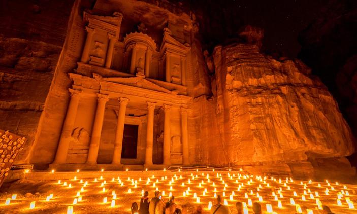 Ιορδανία (Άκαμπα):230€ το άτομο για αεροπορικά εισιτήρια (συμπεριλαμβάνονται φόροι) για 5 ημέρες / 4 νύχτες σε πολύ κεντρικό ξενοδοχείο 4* με πρωινό σε μπουφέ. εικόνα