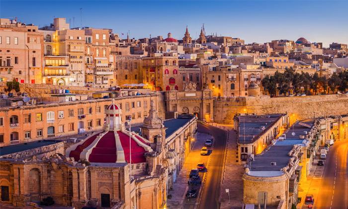 Μάλτα: Αεροπορικά εισιτήρια (συμπεριλαμβάνονται φόροι) και διαμονή για 5 ημέρες / 4 νύχτες σε κεντρικό ξενοδοχείο 4* με πρωινό σε μπουφέ. (150€/άτομο)