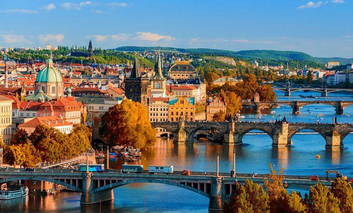 Πράγα: Αεροπορικά εισιτήρια (συμπεριλαμβάνονται φόροι) και διαμονή για 5 ημέρες / 4 νύχτες σε κεντρικό ξενοδοχείο 4* με πρωινό σε μπουφέ. (265€/άτομο) εικόνα