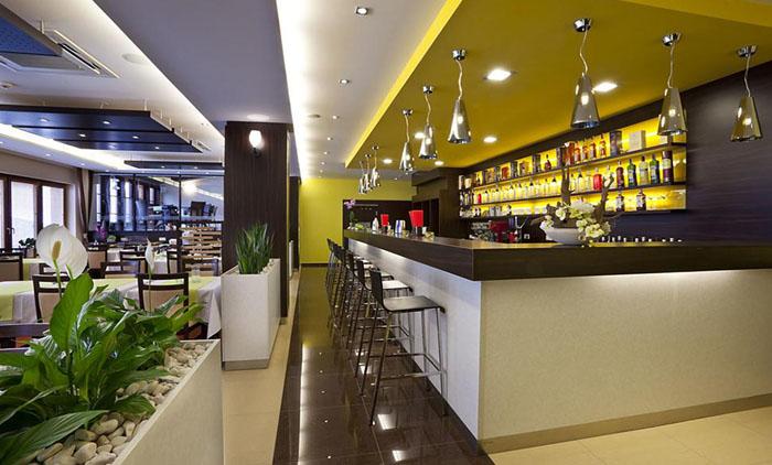 Μπρατισλάβα: Αεροπορικά εισιτήρια (συμπεριλαμβάνονται φόροι) και διαμονή για 4 ημέρες / 3 νύχτες σε κεντρικό ξενοδοχείο 3* με πρωινό σε μπουφέ. (165€/άτομο)