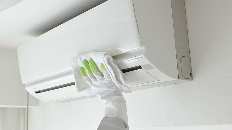 Συντήρηση Air - Condition (έως 24.000 BTU) για καλύτερη απόδοση, οικονομία ρεύματος με καθαρό αέρα και ένα υγιεινό περιβάλλον στο χώρο σας ή εγκατάσταση και απεγκατάσταση Air - Condition, με εξυπηρέτηση στο Λεκανοπέδιο Αττικής από την Clean Factor (από 10€).