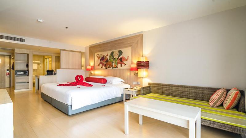 Πουκέτ: Αεροπορικά εισιτήρια (συμπεριλαμβάνονται φόροι) και διαμονή για 7 ημέρες / 6 νύχτες σε κεντρικό ξενοδοχείο 4* με πρωινό σε μπουφέ. (640€/άτομο)