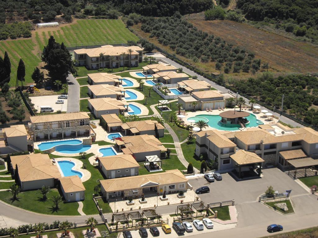 Διαμονή με Ημιδιατροφή για 4 ημέρες / 3 νύχτες για 2 Ενήλικες & 2 Παιδιά στο Olympia Golden Beach Resort & Spa 5*,  στο Κάστρο Κυλλήνης  ( από 560€).
