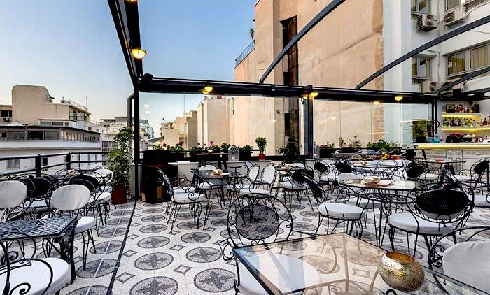 21.90€ από 44€ για ένα γευστικό μενού 2 ατόμων με ελεύθερη επιλογή από τον κατάλογο που περιλαμβάνει μια σαλάτα, μία πίτσα, μια βάφλα ή pancakes με ιταλικό χειροποίητο παγωτό παρφέ και 2 ποτήρια λευκό ή κόκκινο βιολογικό κρασί, στο Roof Garden