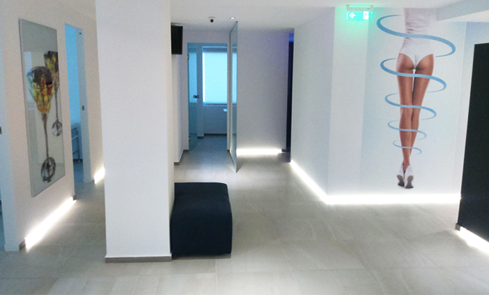 6 συνεδρίες προσώπου με εξαπολικές ραδιοσυχνότητες (RF) & δερμοανάλυση προσώπου ή 6 συνεδρίες σώματος με το 3d lipo laser & διαγνωστικά τεστ στα Medi Collagen στο Σύνταγμα, Πατησίων και Πειραιάς (189€).