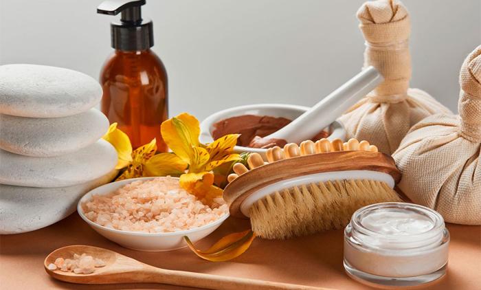 Αναζωογονητικά day spa & Αρχαιοελληνικά τελετουργικά μάλαξης, στο Glyfada's Temple Massage (από 12€).