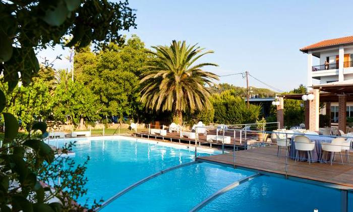 Διαμονή με Ημιδιατροφή για 4 ημέρες / 3 νύχτες για 2 Ενήλικες & 2 Παιδιά στο Olympia Golden Beach Resort & Spa 4*,στην Αρχαία Ολυμπία (από 500€).